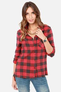 Billabong Need for Luv Black and Red Plaid Button-Up Top at Lulus.com!