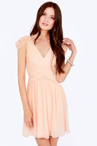 Gwen Chiffon-i Pleated Peach Dress at Lulus.com!