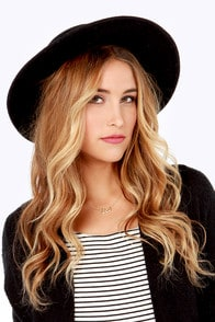 RVCA Jemma Black Wool Hat at Lulus.com!