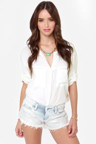 Blank NYC Little Pixie Embroidered Striped Cutoff Shorts at Lulus.com!