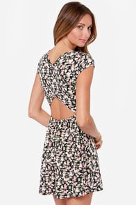 Ka-Bloom! Black Floral Print Dress at Lulus.com!