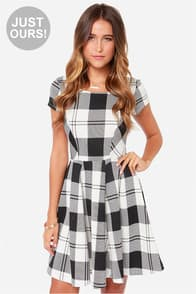 LULUS Exclusive Chess Queen Black and Ivory Plaid Dress at Lulus.com!