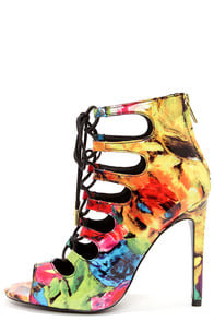 Steve Madden Cythiaa Floral Multi Lace-Up Peep Toe Booties at Lulus.com!