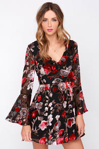 Bells and Thistles Black Floral Print Dress at Lulus.com!