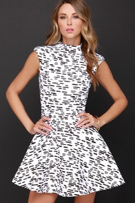 Cameo Daydreaming Black and Ivory Print Dress at Lulus.com!