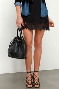 Kind and Cunning Black Handbag at Lulus.com!