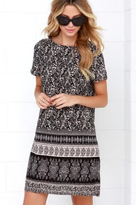 Agree to Filigree Black Print Shift Dress at Lulus.com!