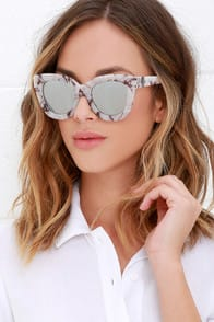 Quay Sugar and Spice Ivory Marble Sunglasses at Lulus.com!