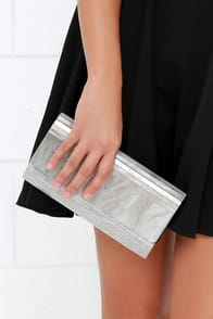 Of the Pearl-essence Silver Lucite Clutch at Lulus.com!