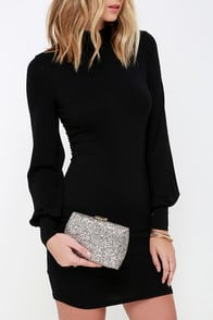 Flash Forward Metallic Glitter Clutch at Lulus.com!