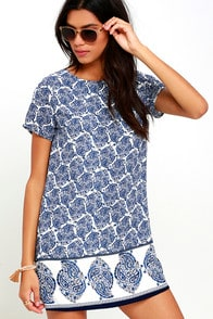 Taj Mahal Tour Blue Print Shift Dress at Lulus.com!