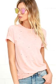 In the Raw Distressed Peach Tee at Lulus.com!