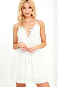 Social Butterfly White Backless Lace Dress at Lulus.com!
