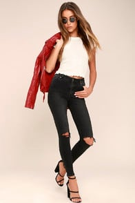 Rollas Westcoast Staple Washed Black Distressed Skinny Jeans at Lulus.com!