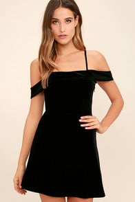 My Kind of Romance Black Velvet Off-the-Shoulder Dress at Lulus.com!