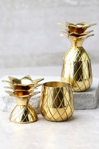 The Pineapple Co. Gold Pineapple Shot Glass Set at Lulus.com!