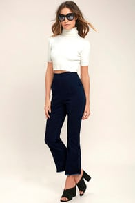 Michigan Avenue Dark Wash High-Waisted Cropped Flare Jeans at Lulus.com!