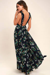 REMEMBER THE DAYS NAVY BLUE FLORAL PRINT MAXI DRESS at Lulus.com!