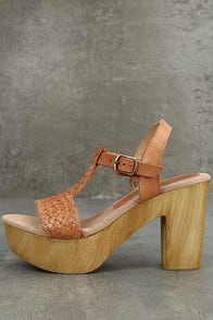 Sbicca Stefania Tan Leather Platform Heels at Lulus.com!
