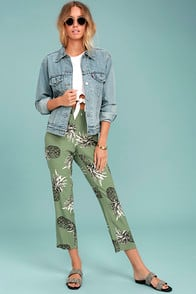 BB DAKOTA ISSAK OLIVE GREEN PINEAPPLE PRINT PANTS at Lulus.com!