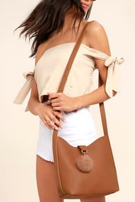 Girl on the Go Tan Purse at Lulus.com!