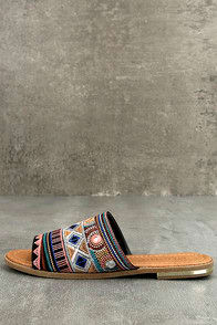 KAMALA BLACK EMBROIDERED SLIDE SANDALS at Lulus.com!