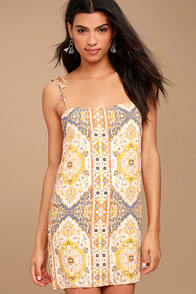 Sugar Town Peach Print Shift Dress at Lulus.com!