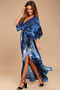 SIGN OF THE TIMES BLUE PRINT MAXI DRESS at Lulus.com!