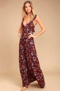 SIMPLE PLEASURE BURGUNDY FLORAL PRINT MAXI DRESS at Lulus.com!