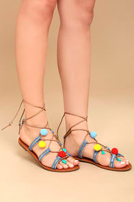 ISABEAU NATURAL LACE-UP POMPOM SANDALS at Lulus.com!