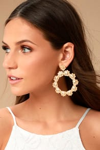 AMONG THE AZALEAS GOLD EARRINGS at Lulus.com!