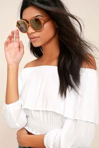 Woodzee Colette Dark Gold Mirrored Pear Wood Sunglasses at Lulus.com!