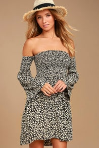 Billabong Night Fox Black Floral Print Off-the-Shoulder Dress at Lulus.com!