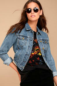 EVIDNT MACKLIN MEDIUM WASH DENIM JACKET at Lulus.com!