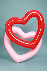 ban.do Beach, Please! Red Jumbo Heart Inner Tube in-hand at Lulus.com!