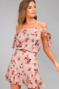 Lost + Wander Serra Blush Pink Floral Print Skirt at Lulus.com!