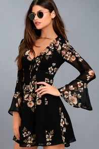 CRYSTAL BLACK FLORAL PRINT LONG SLEEVE DRESS at Lulus.com!