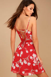 Blooming Beauty Red Floral Print Dress at Lulus.com!