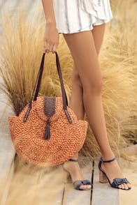 San Diego Hat Co. Kalila Terra Cotta Woven Tote at Lulus.com!