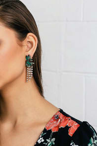 GLIMMERING ISLE GOLD AND GREEN RHINESTONE EARRINGS at Lulus.com!