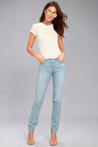Levi's 501 Skinny Light Wash Distressed Jeans at Lulus.com!