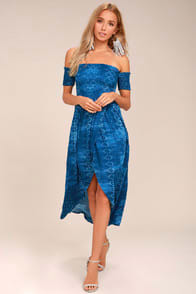 Lucy Love Tranquility Blue Print Off-the-Shoulder Dress at Lulus.com!