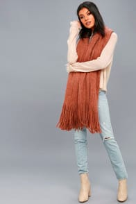 On the Fringes Burnt Orange Scarf at Lulus.com!