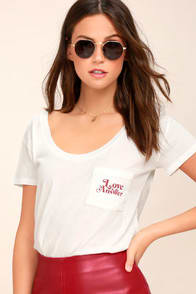 It's the Little Things White Tee at Lulus.com!
