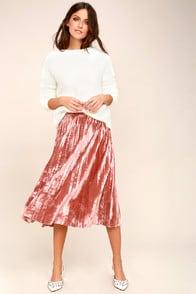 Hathaway Blush Pink Velvet Pleated Midi Skirt at Lulus.com!
