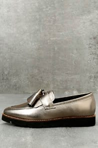 Steven by Steve Madden Naomie Pewter Leather Pointed Toe Loafers at Lulus.com!