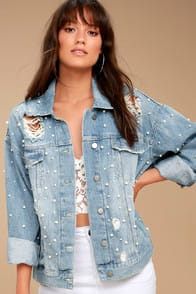 FREE PEOPLE SUNDAY FUNDAY BLUE OVERSIZED PEARL DENIM JACKET at Lulus.com!
