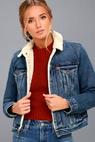 Original Trucker Medium Wash Denim Shearling Jacket at Lulus.com!