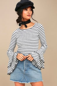GOOD FIND GREY AND WHITE STRIPED LONG SLEEVE TOP at Lulus.com!