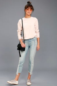 So It Seems Light Wash Two-Tone Distressed Jeans at Lulus.com!